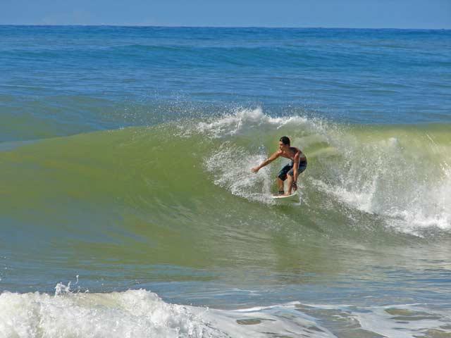 Praias mais perigosas do mundo surf report